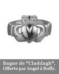 http://bazar-de-la-litterature.cowblog.fr/images/Divers1/bague.jpg